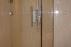 ShowerCabin_1